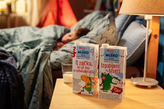 milk_books2-5cfe1a847f2b2__880